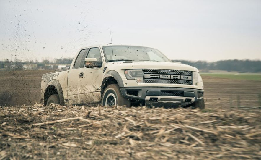2013 Ford F-150 SVT Raptor SuperCab - Slide 2