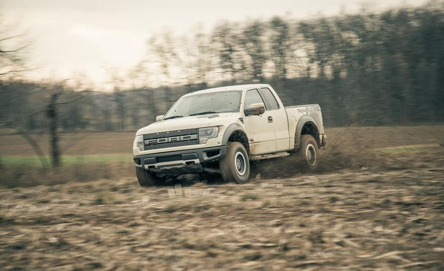 2013 Ford F-150 SVT Raptor SuperCab - Slide 9