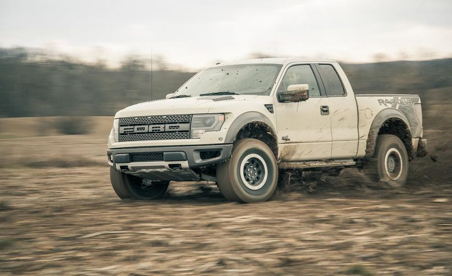 2013 Ford F-150 SVT Raptor SuperCab - Slide 10