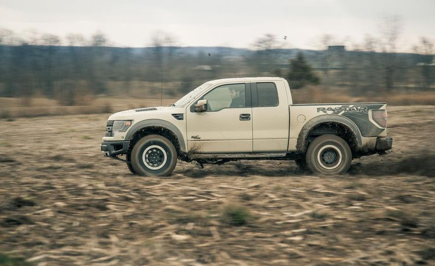 2013 Ford F-150 SVT Raptor SuperCab - Slide 11