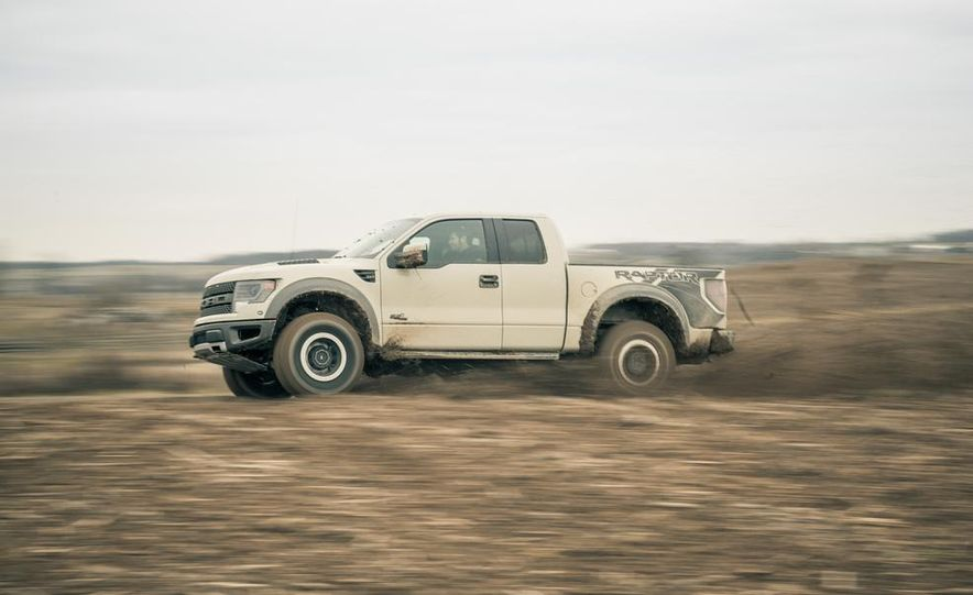 2013 Ford F-150 SVT Raptor SuperCab - Slide 12