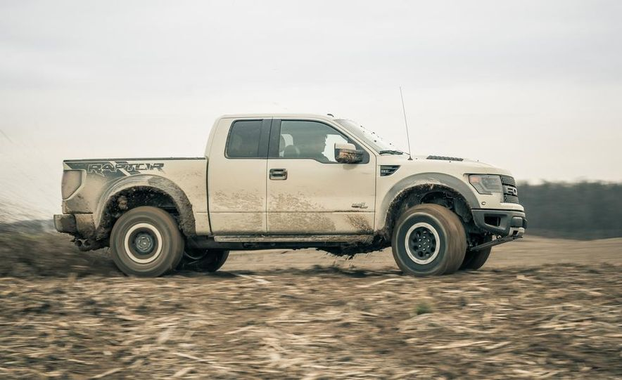 2013 Ford F-150 SVT Raptor SuperCab - Slide 13