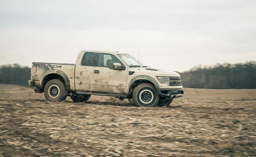 2013 Ford F-150 SVT Raptor SuperCab - Slide 14