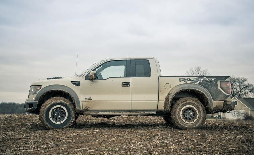 2013 Ford F-150 SVT Raptor SuperCab - Slide 20
