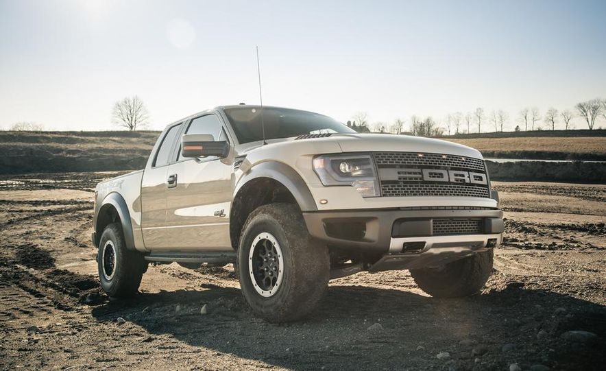 2013 Ford F-150 SVT Raptor SuperCab - Slide 23
