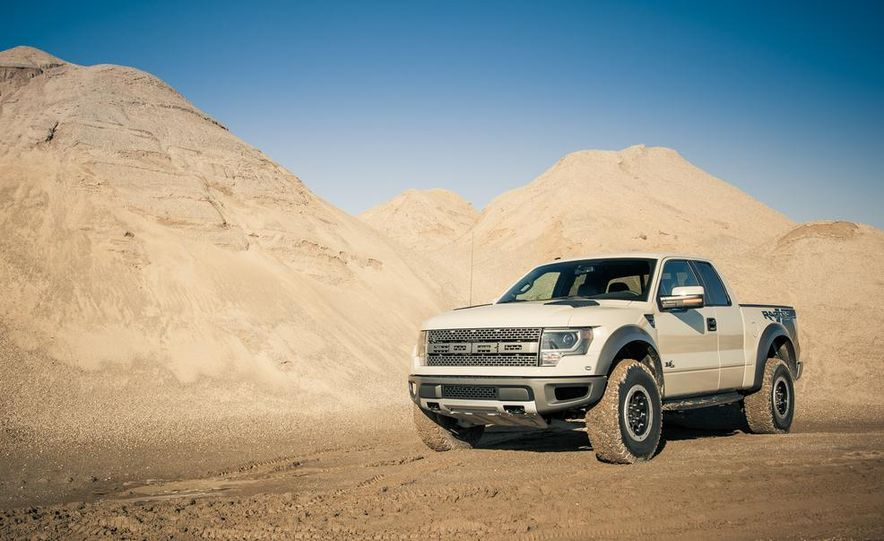 2013 Ford F-150 SVT Raptor SuperCab - Slide 26