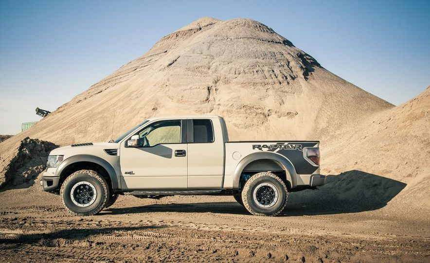 2013 Ford F-150 SVT Raptor SuperCab - Slide 27