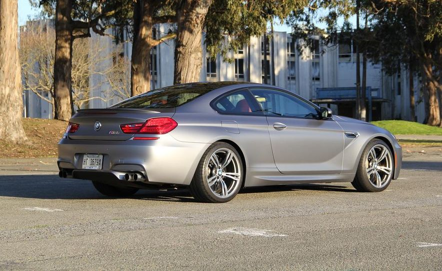 2013 BMW M6 coupe - Slide 10