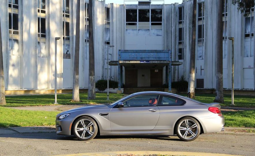 2013 BMW M6 coupe - Slide 11