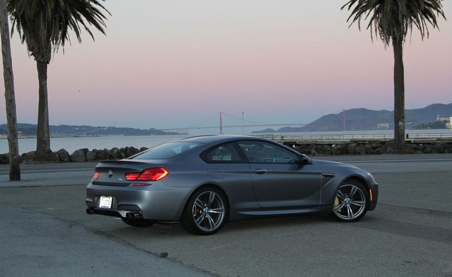 2013 BMW M6 coupe - Slide 20