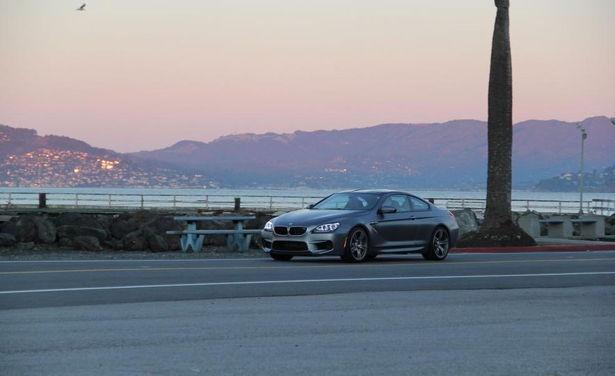 2013 BMW M6 coupe - Slide 23