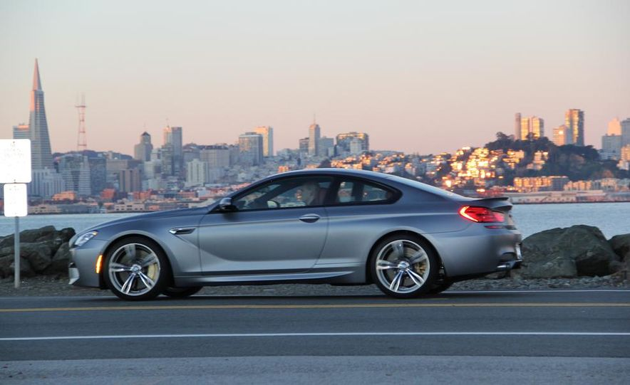 2013 BMW M6 coupe - Slide 24