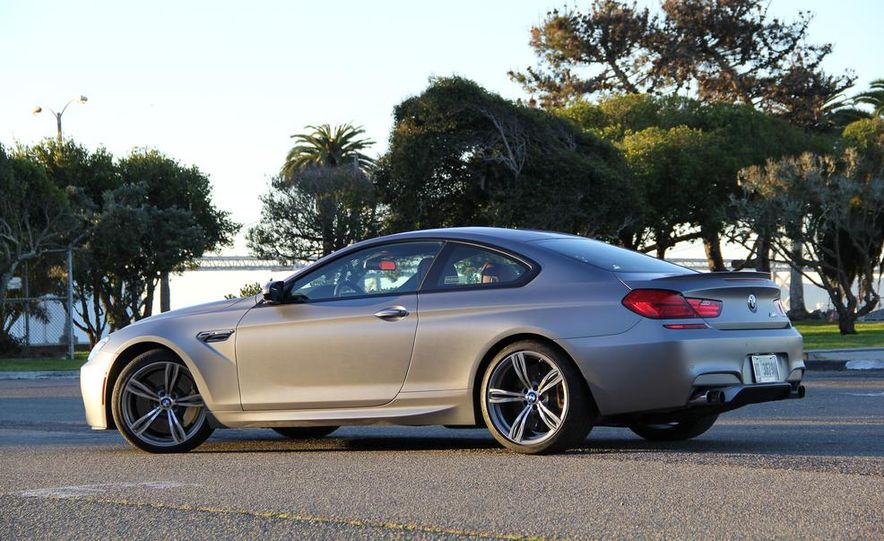 2013 BMW M6 coupe - Slide 31