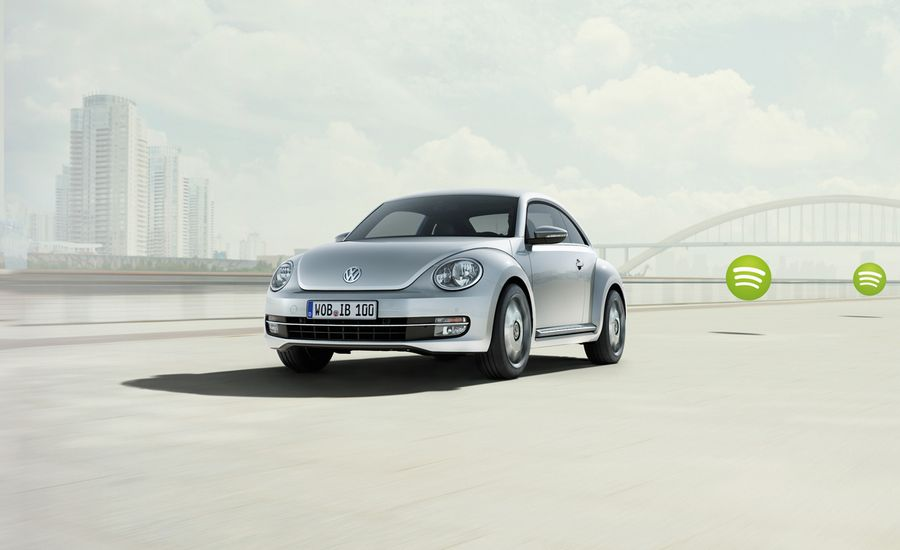 2014 Volkswagen iBeetle Coupe / Convertible