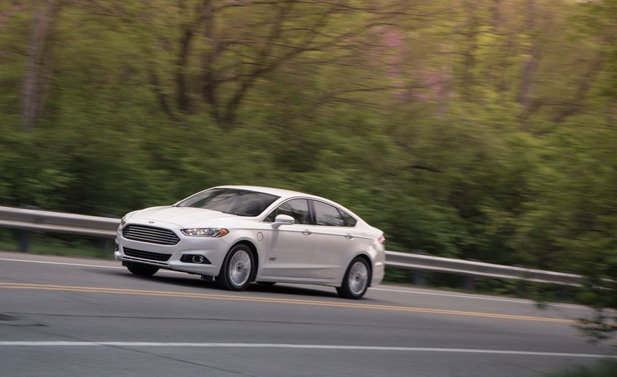 2013 ford fusion energi plug in hybrid test review car and driver. Black Bedroom Furniture Sets. Home Design Ideas