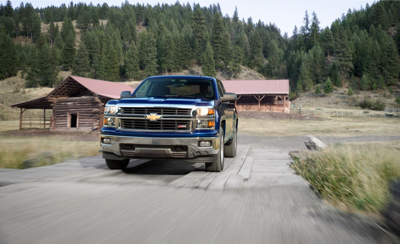 2014 Chevrolet Silverado 1500 53l 4x4 Crew Cab Test Review Car Chevy 3 4l Engine And Driver