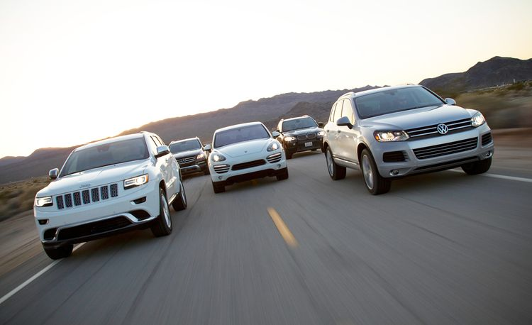 2014 Jeep Grand Cherokee Summit EcoDiesel 4X4 vs. 2013 Volkswagen Touareg TDI, 2013 Mercedes-Benz ML350 BlueTec 4MATIC, 2013 Porsche Cayenne Diesel, 2013 BMW X5 xDrive35d