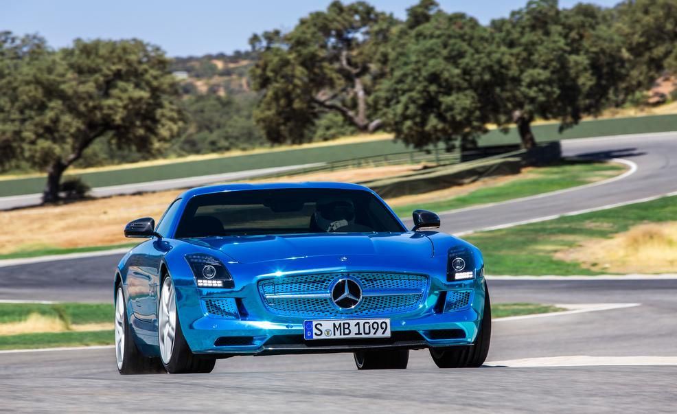2014 mercedes benz sls amg electric drive pictures photo gallery car and driver