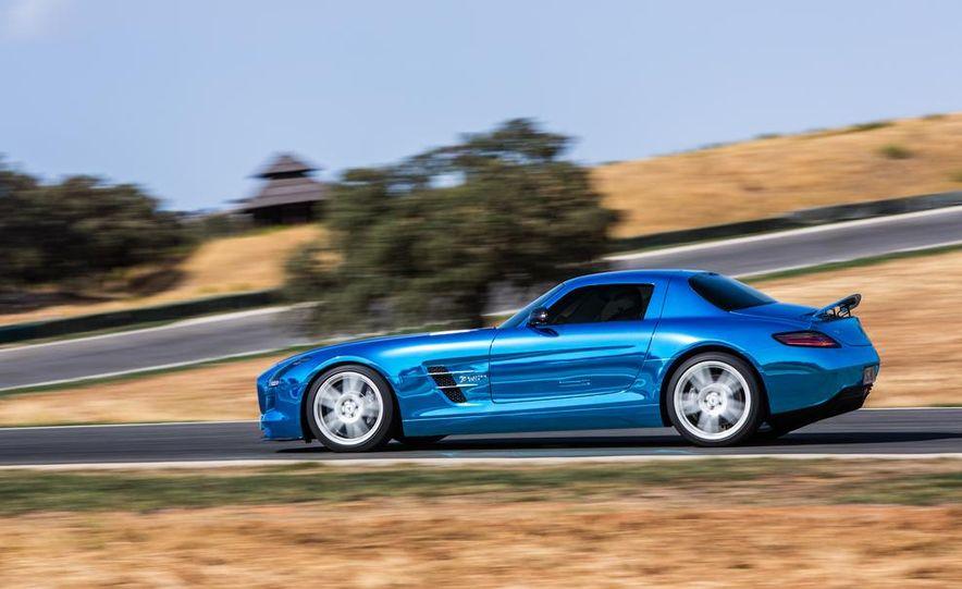 2014 Mercedes-Benz SLS AMG Electric Drive - Slide 5