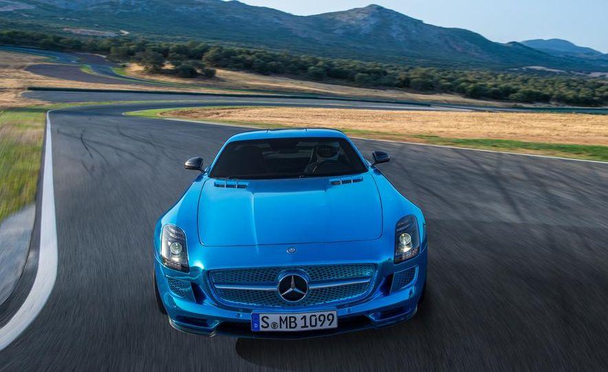2014 Mercedes-Benz SLS AMG Electric Drive - Slide 7
