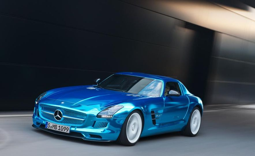 2014 Mercedes-Benz SLS AMG Electric Drive - Slide 9
