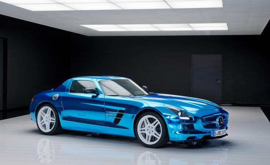 2014 Mercedes-Benz SLS AMG Electric Drive - Slide 20