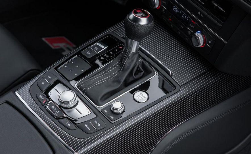 2013 Audi RS6 Avant - Slide 36