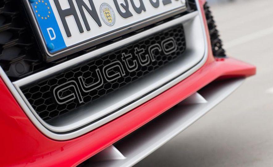 2013 Audi RS6 Avant - Slide 22