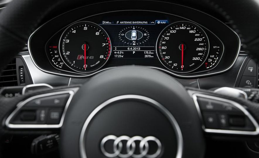 2013 Audi RS6 Avant - Slide 33