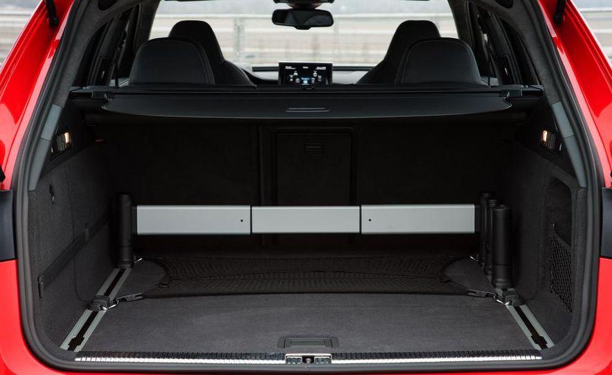 2013 Audi RS6 Avant - Slide 29