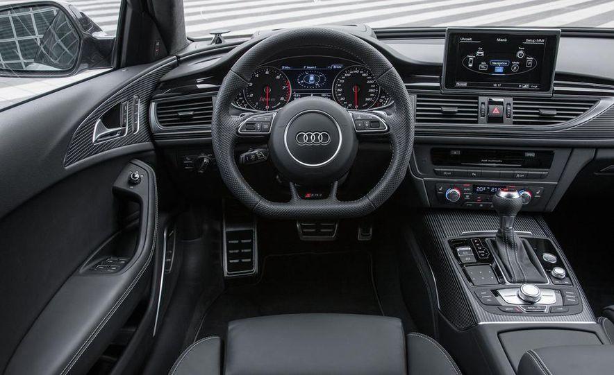 2013 Audi RS6 Avant - Slide 30