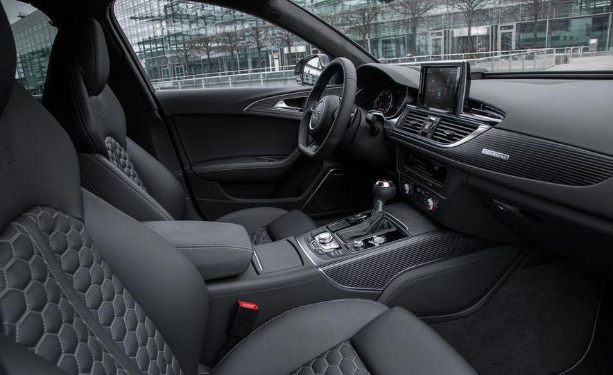 2013 Audi RS6 Avant - Slide 31