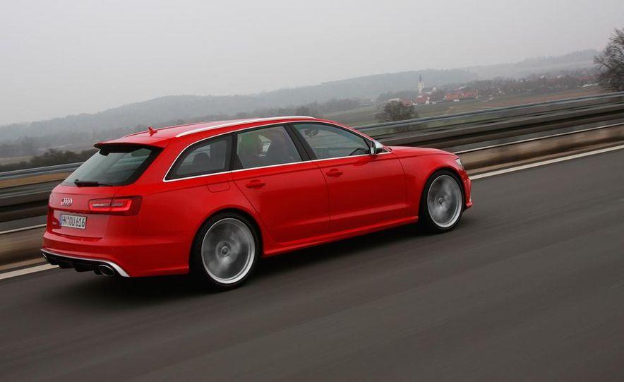 2013 Audi RS6 Avant - Slide 9