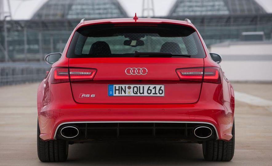 2013 Audi RS6 Avant - Slide 15