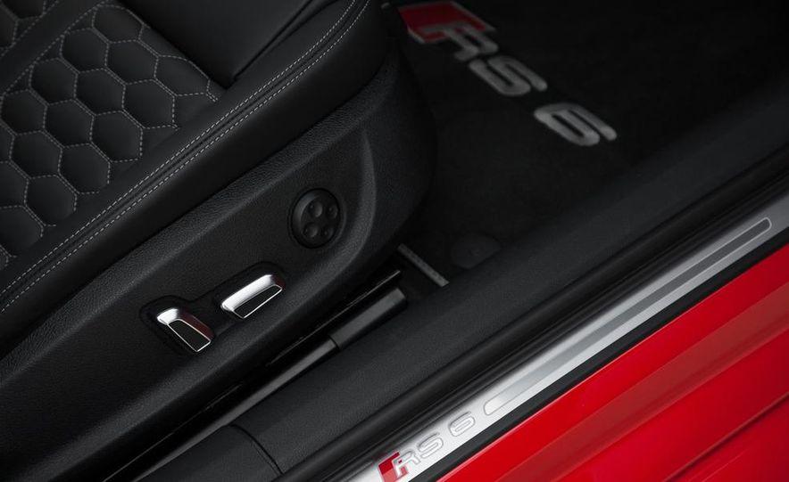 2013 Audi RS6 Avant - Slide 40