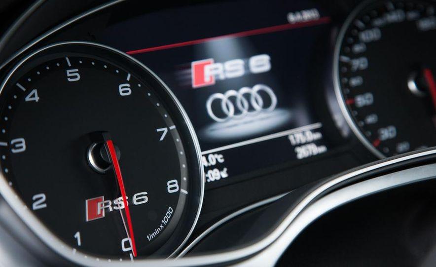 2013 Audi RS6 Avant - Slide 32
