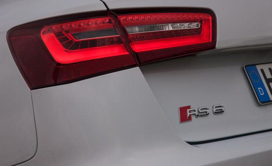 2013 Audi RS6 Avant - Slide 70