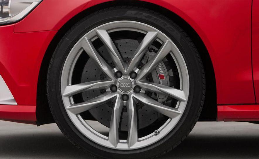 2013 Audi RS6 Avant - Slide 19