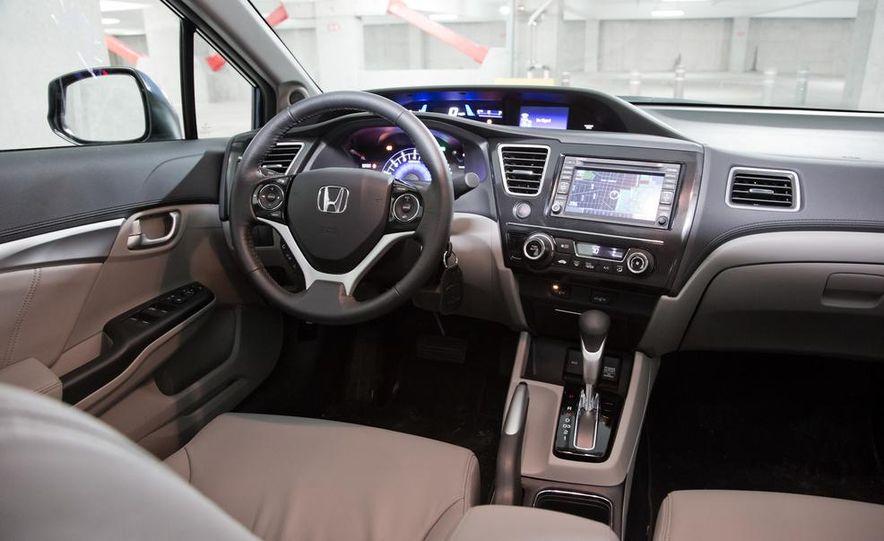 2013 Honda Civic EX-L - Slide 21