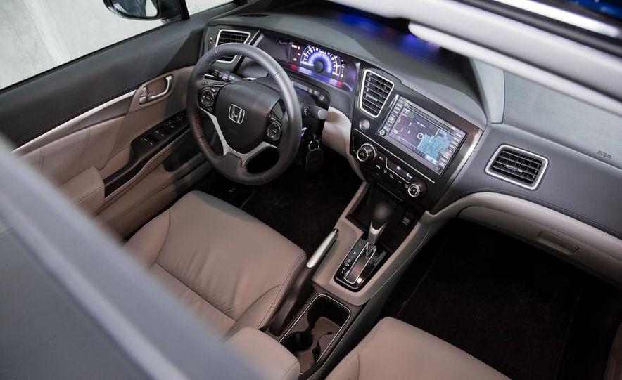 2013 Honda Civic EX-L - Slide 22