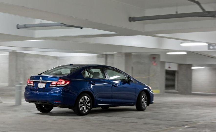 2013 Honda Civic EXL  Photo Gallery  Car and Driver