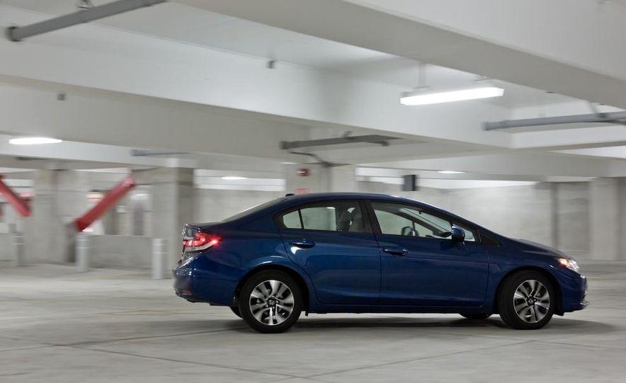 2013 Honda Civic EX-L - Slide 4