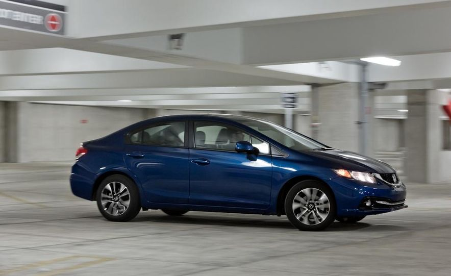 2013 Honda Civic EX-L - Slide 9