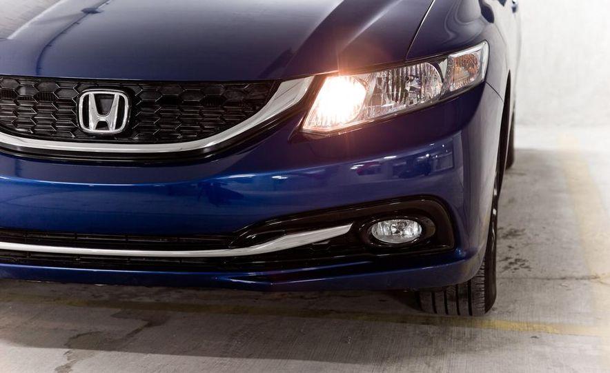 2013 Honda Civic EX-L - Slide 18