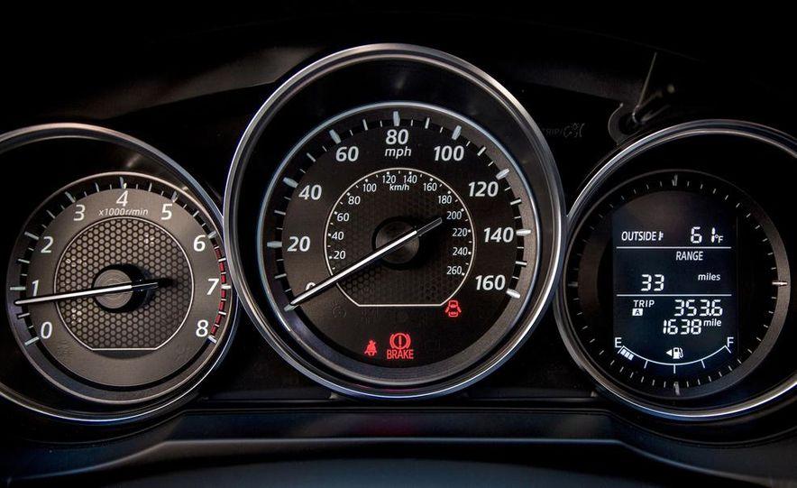 2014 Mazda 6 i Sport - Slide 5