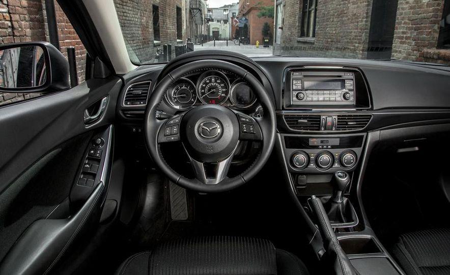 2014 Mazda 6 i Sport - Slide 3