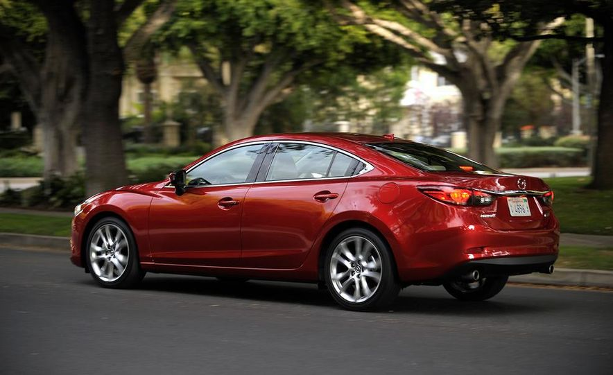 2014 Mazda 6 i Sport - Slide 18