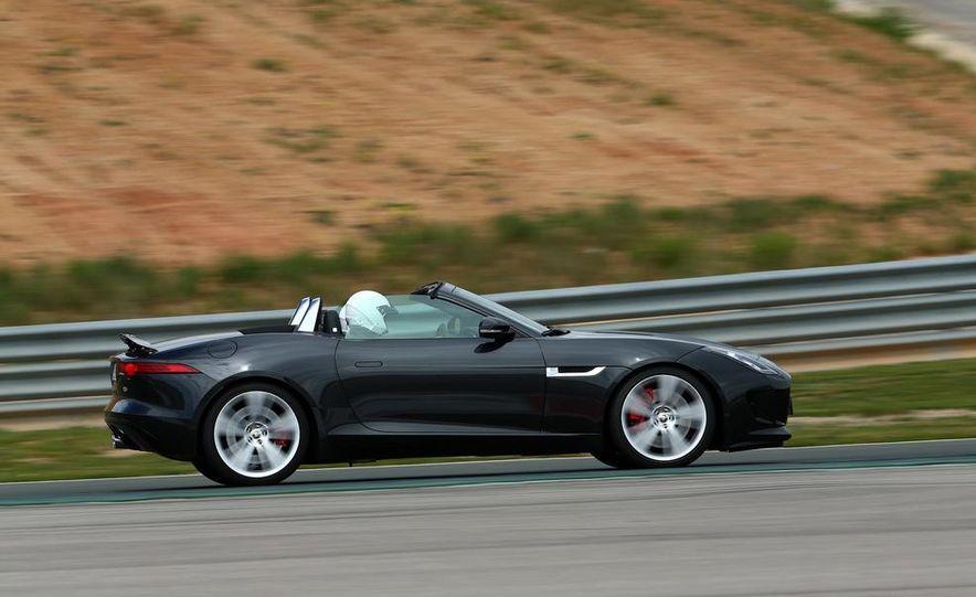 2014 Jaguar F-type V6 S roadster - Slide 10