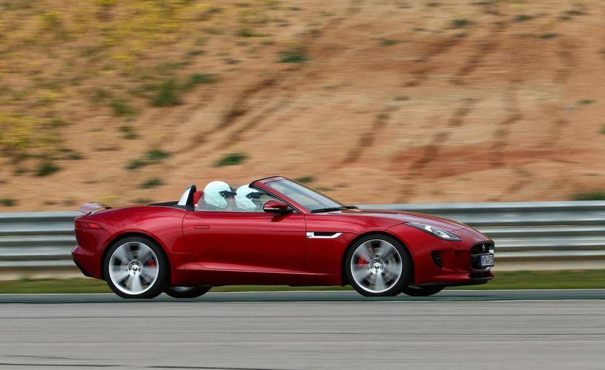 2014 Jaguar F-type V6 S roadster - Slide 4