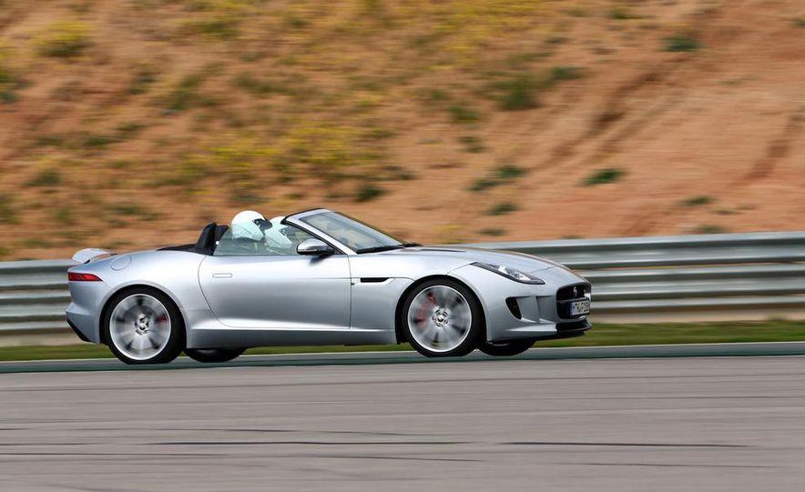 2014 Jaguar F-type V6 S roadster - Slide 6